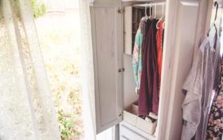 tiny house clothing closet jypsy threads